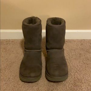 Gray UGG size 11 Classic